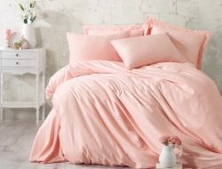 Двуспальное постельное белье из страйп-сатина-жаккарда «Пудровый»